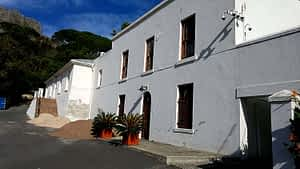 Limewash or bluskalk. Leeuwenhof Estate supplied by Midas Paints Tygervalley